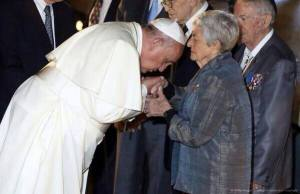 KISSES HAND OF HOLOCAUSE SURVIVOR SONIA TUNIK-GERON