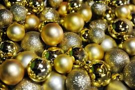 christmas-balls-1831975__180